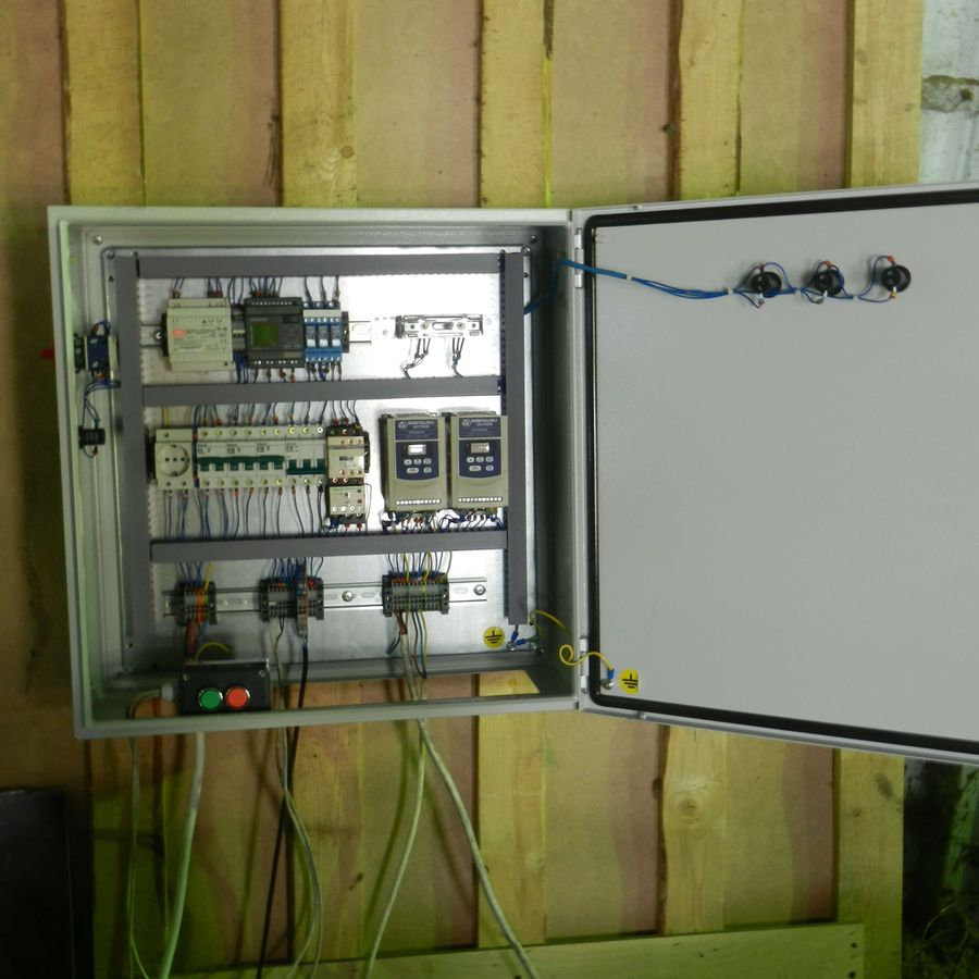 Шкаф управления системой ленточных конвейеров